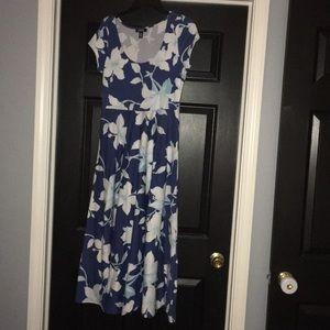 CHAPS maxi dress size M